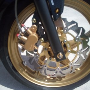 Gold Ceramic Caliper Paint with Gold Titanium Bolts Arashi Rotor with Titanium Bolts EBC Sintered HH brake pads Gold Titanium Axle Nut Gold Rustoleum