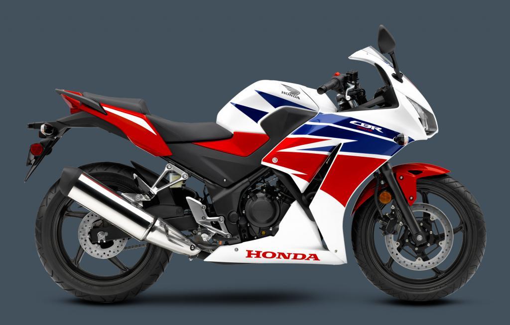 Honda 300 Cbr Macchina